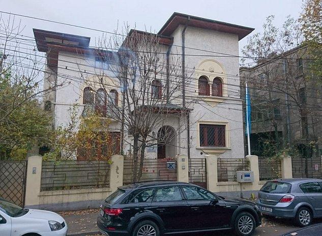 Vila reprezentativa Domenii Manastirea Casin - imaginea 1