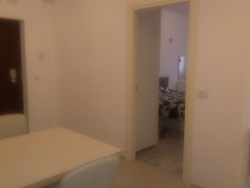 Apartament de închiriat 2 camere, în Arad, zona Functionarilor