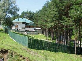 Casa de vânzare 19 camere, în Moroeni