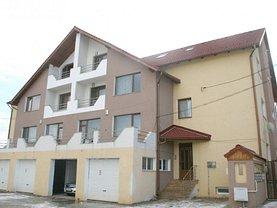 Casa de închiriat 3 camere, în Ghimbav, zona Central