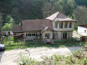 Casa de vânzare 6 camere, în Resita, zona Lunca
