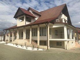 Casa de vânzare 8 camere, în Bistrita, zona Calea Moldovei