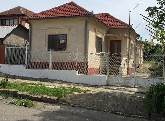 Vand casa in Calafat, zona liniştita şi curată - imaginea 1