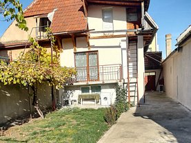 Casa de vânzare 3 camere, în Brasov, zona Brasovul Vechi