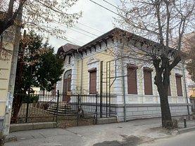Casa de închiriat 12 camere, în Pitesti, zona Ultracentral
