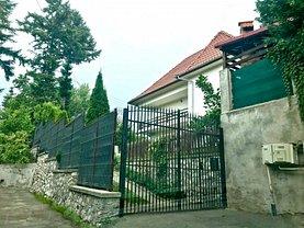 Casa de vânzare 4 camere, în Vladesti
