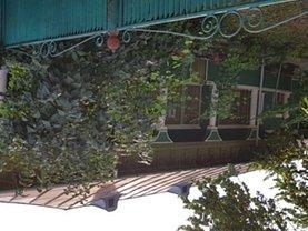 Casa de vânzare 6 camere, în Malu