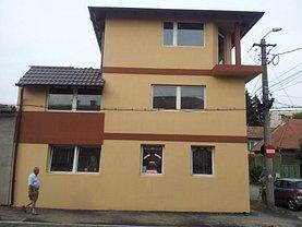 Casa de închiriat 8 camere, în Târgu Mureş, zona 7 Noiembrie