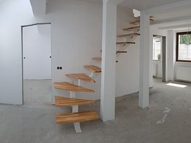 Casa 4 camere în Sibiu, Vasile Aaron