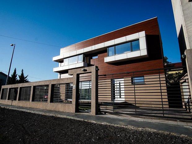 Vila de lux inteligenta si ultramoderna casa vila cu 5 for Casa ultramoderna