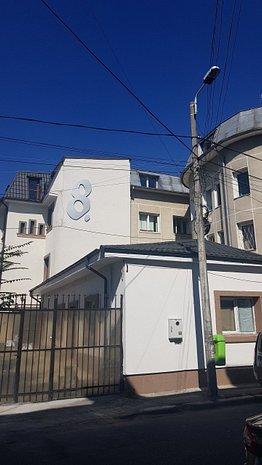 Ansamblu de 3 case: birouri / regim hotelier / videochat - imaginea 1