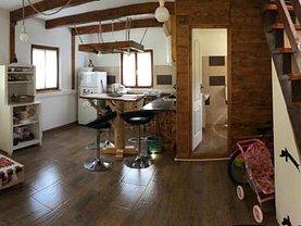 Casa 4 camere în Laz (Sasciori)