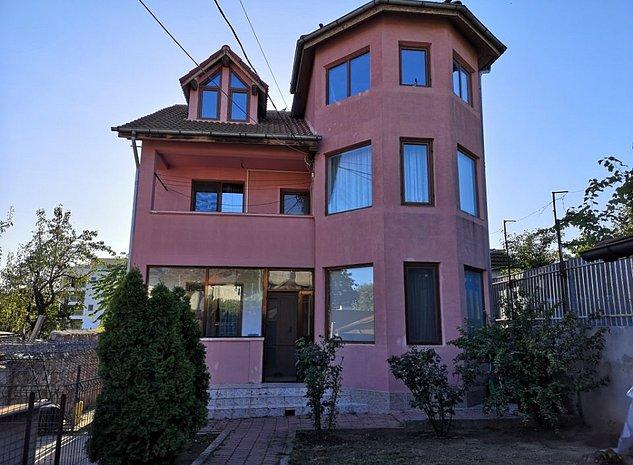 Vand casa in Tulcea sau schimb cu apartament 3 camere plus diferenta. - imaginea 1