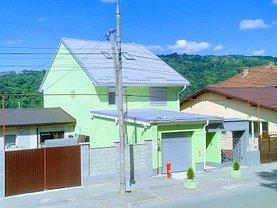 Casa de vânzare 7 camere, în Resita, zona Moroasa 1