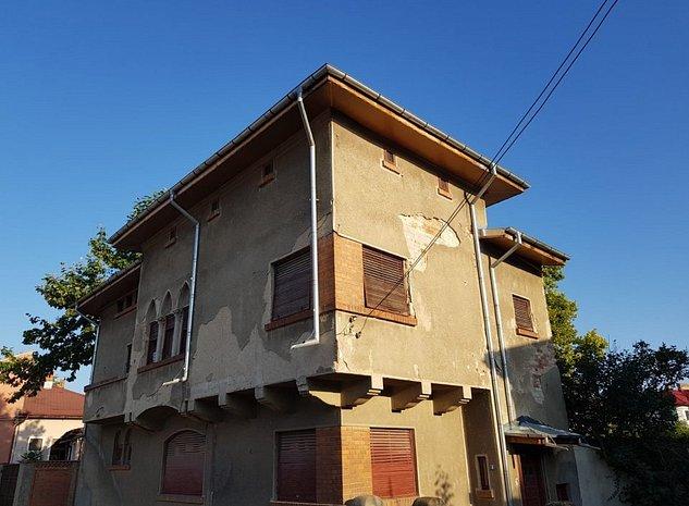 Casa boiereasca cu etaj, libera - oferta ! - imaginea 1