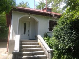 Casa de vânzare 4 camere, în Grosani