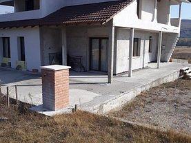 Casa de vânzare 4 camere, în Râmnicu Vâlcea, zona Central