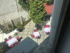 Casa de închiriat 6 camere, în Bucureşti, zona Universitate