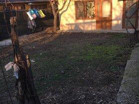 Casa de vânzare 3 camere, în Buzau, zona Dorobanti 2