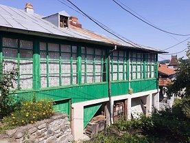 Casa de vânzare 3 camere, în Câmpulung Muscel, zona Ultracentral