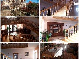 Casa de vânzare 8 camere, în Valenii de Munte, zona Nord-Vest