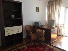 Apartament de închiriat 3 camere, în Buzau, zona Central