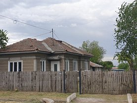 Casa de închiriat 3 camere, în Căiata
