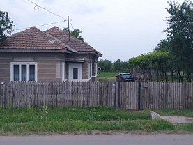 Casa de închiriat 4 camere, în Căiata
