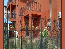 Casa de vânzare 12 camere, în Techirghiol, zona Central