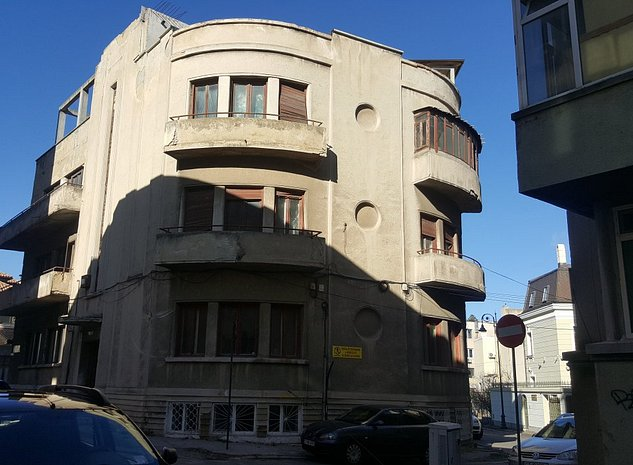 Vând imobil , zona Cazino Constanta. - imaginea 1
