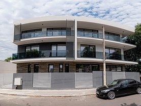 Casa de vânzare 12 camere, în Constanţa, zona Faleza Nord