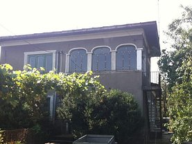 Casa de vânzare 5 camere, în Găeşti, zona Central