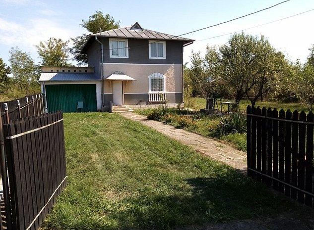 Casa la tara la 11km de Târgovişte sat Suta Olteni comuna Lucieni - imaginea 1