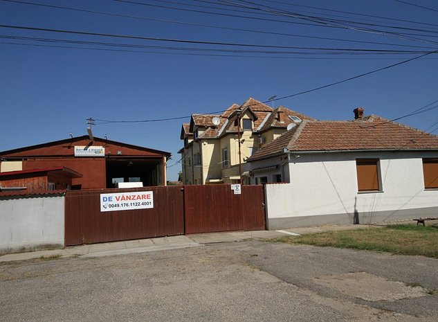 Casa P+E+POD in Arad - imaginea 1