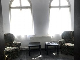 Casa de închiriat 4 camere, în Piteşti, zona Ultracentral