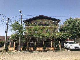 Casa de vânzare 11 camere, în Eforie Nord, zona Central