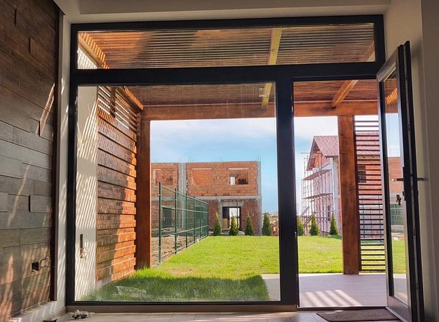 Casa moderna la cheie, Cartier EUROPA - imaginea 1