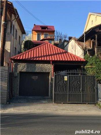 Vila Stibei Voda, teren+ alta casa renovata in curte, perfecta locuinta+ spatiu - imaginea 1