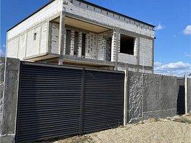 Casa de vânzare 4 camere, în Cârcea