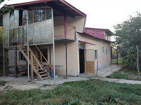 Casa de vânzare 3 camere, în Ghimpaţi
