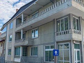 Casa de vânzare 12 camere, în Piteşti, zona Ultracentral