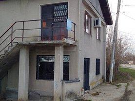 Casa de vânzare 240 camere, în Corbii Mari