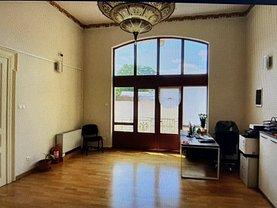 Casa de vânzare 12 camere, în Bucureşti, zona Universitate