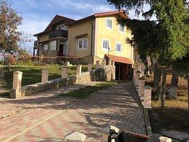 Casa de vânzare 7 camere, în Coşula