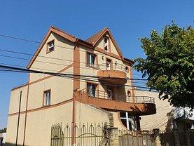 Casa de închiriat 8 camere, în Constanţa, zona Trocadero