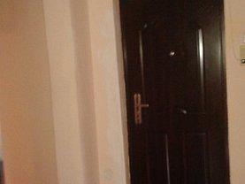 Apartament de vânzare 4 camere, în Galati, zona Piata Centrala