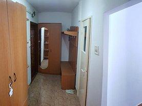 Apartament de vânzare 2 camere, în Roman, zona Est