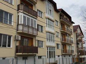 Apartament de vânzare 3 camere, în Deva, zona 22 Decembrie