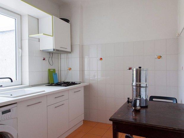 Camere Montessoriane : Apartament cu camere central l ngă grădiniţa montessori