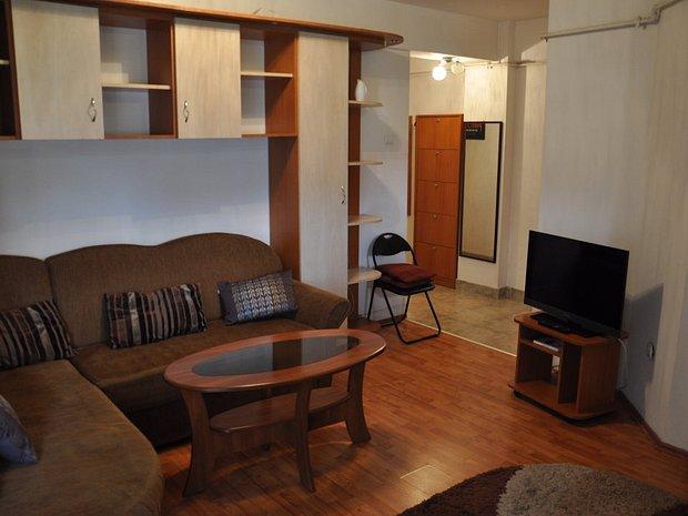 Apartament cu 2 camere si loc de parcare subteran pe str. Bucuresti - imaginea 1
